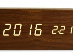 WOODOO digitálne hodiny tmavé drevo