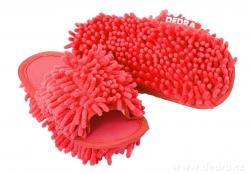 DETSKÉ SAMOCHODKY upratovacie papuče červené veľkosť 33 - 37